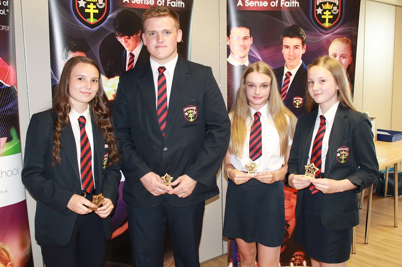 Athletics County Honours students Lauren Parr, Joe Moore, Mia Easthope & Bethan Parr