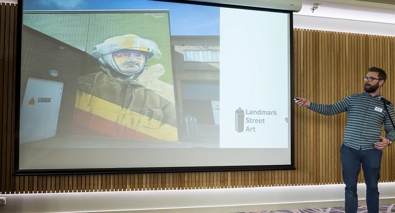 Ben Heslop from Landmark Street Art - photo credit Linda Bussey Pixlb