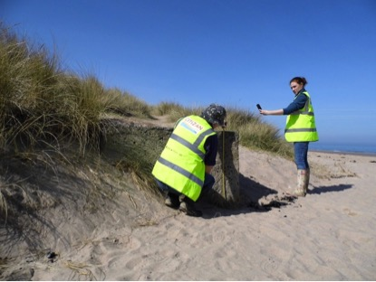 CITiZAN Archaeologists using the CITiZAN coastal archaeology survey smartphone app to record coastal archaeological remains (Photo CITiZAN)