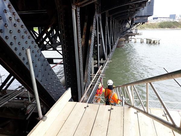 Works under Jubilee Bridge