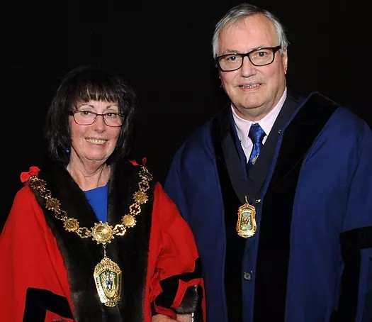 Cllr Janet and David King