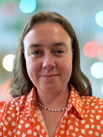 Dr Danielle Bury
