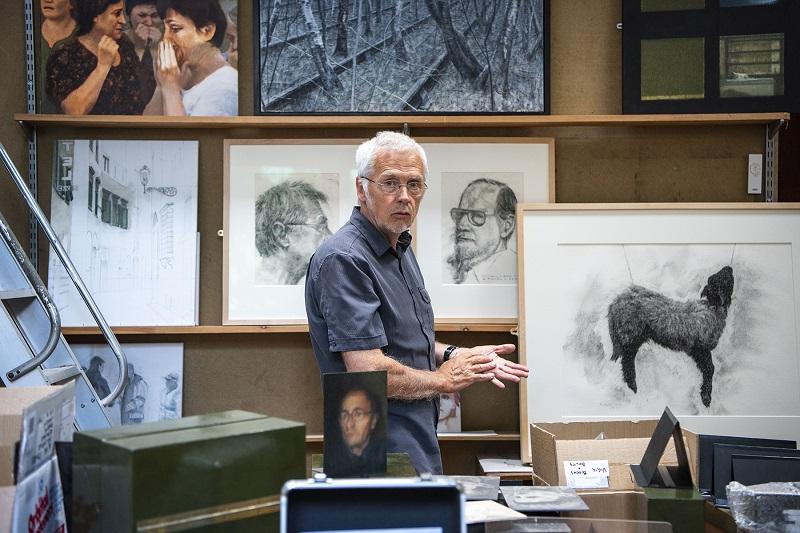 Alan Stones at work in his Eden Valley studio © Sam Toolsie 2018
