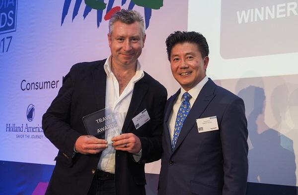 Terry Abraham and David Tan (Sponsor) ©Travel Media Awards and Andy Huntley