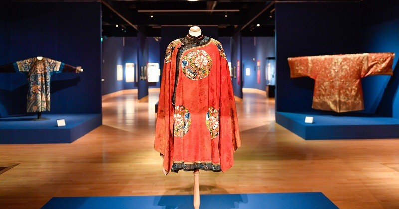Tullie House Museum and Art Gallery in Carlisle: Treasures of China (Stuart Walker Photography)