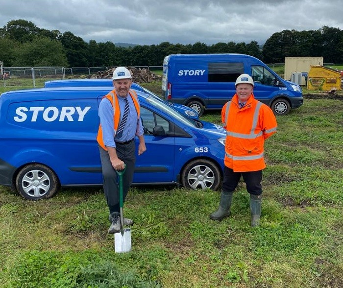 Fred Story with Site Manager Adam Spencer