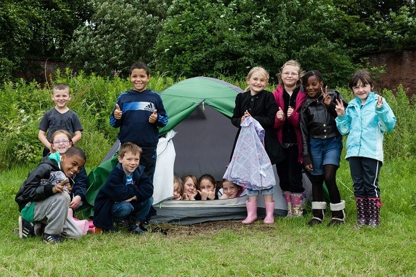 Picture shows children enjoying experiences outside the classroom in a Learning Away project