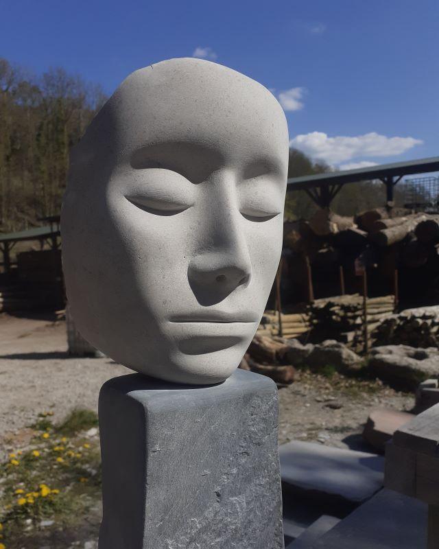 Monument. Danny Clahane (002)