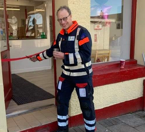 A volunteers doctor has cut the ribbon on a new takeaway in Frizington.