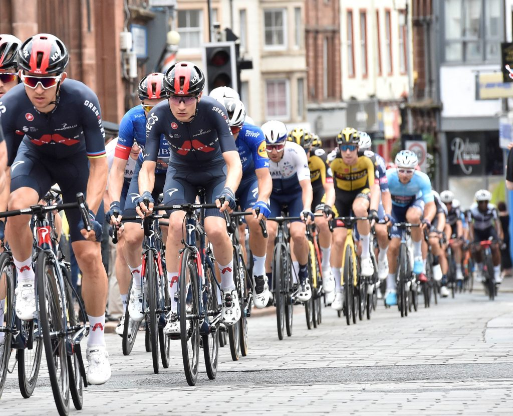 Tour of Britain peleton Penrith