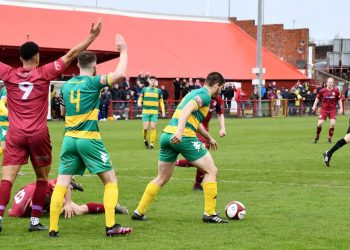 The Reds' appeals for a penalty on Brad Carroll go unheard (Ben Challis)